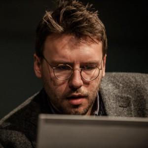 Michael Bhaskar: 'Análisis de los nuevos modos de editar y de las fuerzas económicas y sociales que están transformando la lectura